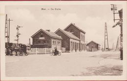 Oude Postkaart Niel Station De Statie La Gare Geanimeerd Fiets Fietsers Paard En Koets (vlekje) - Niel
