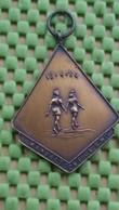 "Medaille / Medal - Medaille - Wandeltocht K.S.W 18-4-""64 -  Haarle  -The Netherlands - Pays-Bas"