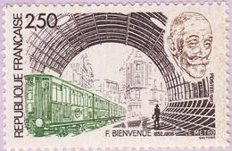 N° Yvert & Tellier 2452 - Timbre De France (Année 1987) - MNH - Hommage Fulgence Bienvenue (Portrait Et Rame De Métro) - Neufs