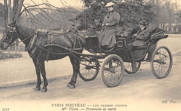 PARIS Nouveau - Les Femmes Cocher - Mlle Vilain - Attelage De Cheval - Cecodi N'445 - Sets And Collections