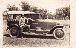 """CPA-PHOTO Carte-Photo Automobile à Identifier Voiture Véhicule Militaire Militaria """"Les As Du Volant"""" Non Située 2 Scans - Postcards"""