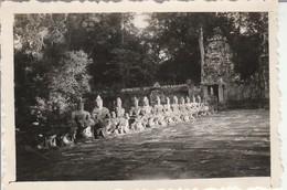 Cambodge : PRAH-KHAN : Entrée Des Ruines - Les Bons Génies  : 1948 ( Format : 8,7cm X 6,2cm ) - Places