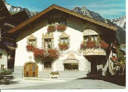 (a) Autriche : Maison Tyrolienne Decorée - Autriche