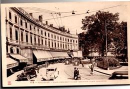 TOULOUSE Place Président Wilson (Ancienne Place Lafayette) CPA Très Animée Ecrite En 1935 Mais TBE - Toulouse