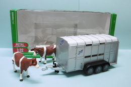 Siku - REMORQUE POUR BETAIL Ifor Williams + 2 Vaches Réf. 2890 Neuf NBO 1/32 - Voitures, Camions, Bus