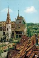 La Rochepot La Cour Du Chateau Et Toits Bourguignons  1970   CPM Ou CPSM - Autres Communes