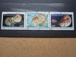 VEND BEAUX TIMBRES DE NOUVELLE-CALEDONIE N° 840 - 842 , XX !!! - Nueva Caledonia