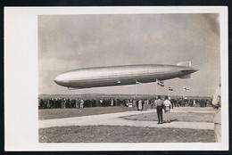 Foto AK/CP  Graf Zeppelin Luftschiff  LZ 127  Landung   Ungel/uncirc.1930er  Erhaltung/Cond. 2  Nr. 00625 - Dirigeables