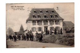 CPA 15 - Cantal - Labrousse - L'arrivée Des Messagers , Hotel St Eloi Praignac , Belle Animation, Attelages - France
