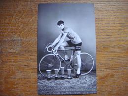 Vieille Carte Avec Le Coureur Cycliste J. BAL - Coureur De La Région De Hensies - Quiévrain ( Cyclisme - Vélo ) - Hensies