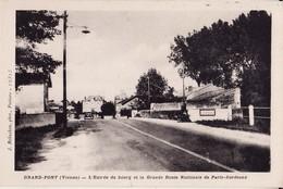 86 GRAND - PONT -- L'entrée Du Bourg Et La Grande Route Nationale De PARIS - BORDEAUX - France