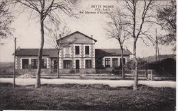 17 PETIT NIORT -- La Maison D' Ecole - France