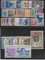 TURQUIE - ANNEE COMPLETE 1950 - YVERT N° 1100/1127 ** MNH (PETITE ROUSSEUR Sur 1103 + 1117A + 1124) - COTE = 231 EUR. - - 1921-... Republiek
