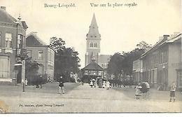CPA / AK / PK   -   BOURG-LÉOPOLD  Vue Sur La Place Royale ( Animatie ) - Leopoldsburg