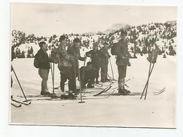 Photographie 38 Isère Le Recoin Chamrousse Ski 1929 Groupe Skieurs Photo 8x11 Cm Env - Places