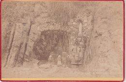 NOTRE - DAME DE LOURDES : AOUT 1892 . FORMAT DE LA PHOTO 16/10,50 Cm . - Lieux