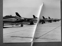 2 FOTOGRAFIE  AEREO REPUBLIC F 84 E I SUOI PILOTI - Aviation