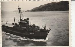 Vietnam - CAP ST. JACQUES : Escorteur D 338 Accostant L'ile De France : 1947 - ( 8,5cm X 5,8cm ) Photo Militaire- Bateau - Guerre, Militaire