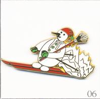 Pin's Série Mois De L'Année - Février Avec Bonhomme De Neige. Est. A. Bertrand Paris. Zamac. T661-06 - Christmas