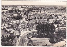 35 - EN AVION AU-DESSUS DE... CHATEAUBOURG (I.-et-V.) - Vue Générale - 1953 - Other Municipalities
