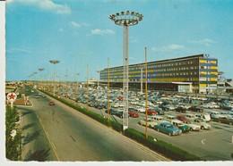 C P.- PHOTO - AEROPORT  D'ORLY - RAYMON - ANIMEE - VOITURES - - Orly