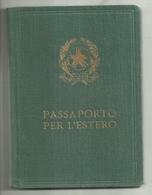"""2884 """"PASSAPORTO PER L'ESTERO-SIG. RIGANO ANTONINO-1956 """" DOCUMENTO ORIG. - Andere Verzamelingen"""