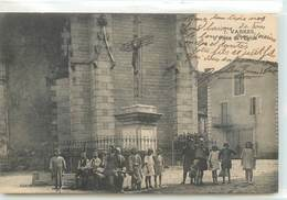 CPA 12 Aveyron Vabres Place De L'Eglise - Vabres