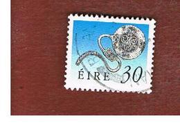 IRLANDA (IRELAND) -  SG 754   -  1990  IRISH HERITAGE: LATCHET BROOCH   -   USED - 1949-... Repubblica D'Irlanda