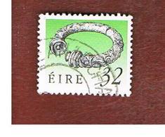 IRLANDA (IRELAND) -  SG 755   -  1990  IRISH HERITAGE: BROIGHTER  COLLAR   -   USED - 1949-... Repubblica D'Irlanda