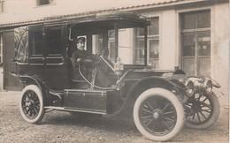 L' Aviateur Français Maurice GUILLAUX ( 1883-1917 )  Au Volant D'une Superbe Automobile Ancienne  ( Carte-photo )   Rare - Femmes Célèbres