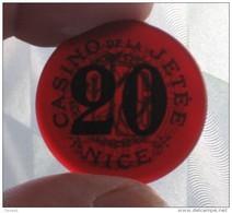 Ancien Plaque Jeton (ficha) Backélite Rouge De 20 Francs Casino De La Jetée Nice (Alpes Maritimes 06) (ficha) - Casino