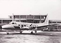 CPM   : Aviation  Commerciale  Aéroport De Toulouse Blagnac Potez 84  842 Sur La Piste  Turbomeca - 1946-....: Era Moderna