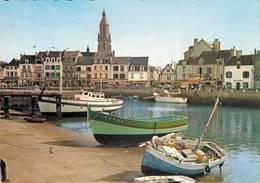 Le Croisic Barques Au Repos Dans Le Port  CPM Ou CPSM - Le Croisic