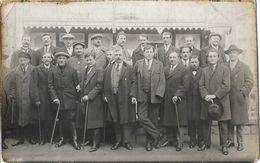 Photo De Groupe à Identifier - Hommes Avec Canne - Photo E. Prato, Cannes Et Le Mont-Dore - Te Identificeren