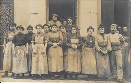 Photo De Groupe à Identifier - Femmes Ouvrières - Lieu Et Entreprise à Déterminer - Te Identificeren