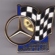 Pin's MERCEDES DIGNE ARTHUS BERTRAND CHAMPION DU MONDE DES VOITURES DE SPORT - Mercedes