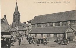 CPA HONFLEUR 14 - La Place Du Marché - Honfleur