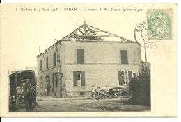 08 - SEDAN / CYCLONE Du 9 AOUT 1905 - LA MAISON DE M. CROSSE EPICIER EN GROS - Sedan