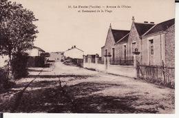 85 LA FAUTE -- Avenue De L' Océan Et Restaurant De La Plage - Other Municipalities
