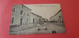 "FRENELLE-LA-GRANDE Petit Village  ""Rue De L'Eglise"" - Francia"