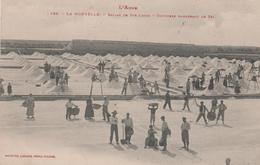11 LA NOUVELLE SALINS DE SAINTE LUCIE OUVRIERS RAMASSANT LE SEL - Port La Nouvelle