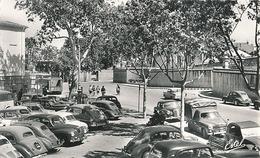 PERPIGNAN - PLACE DES ESPLANADES - AU FOND LA CASERNE JOFFRE - Perpignan