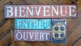 Lot De 4 Enseignes NEUVES Boutique Magasin (remise En Mains Propres à Paris UNIQUEMENT) - Enseignes