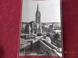 CPSM GF - Caen - Eglise St-Pierre Et Rue St-Jean - Caen