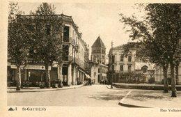SAINT GAUDENS - Rue Voltaire Plus Une Vue Panoramique Pyrénées OFFerte - Saint Gaudens