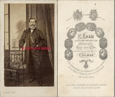 CDV Second Empire (beau Décor D'atelier)-portrait D'homme Par Adam, Opticien Et MécanicienPanthéon Haut Rhin- Colmar - Photos