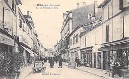 [24] Dordogne > RIBERAC  Rue De L'Hôtel De Ville  (magasins (Bousquet) Auto Voiture) (Edition Vve Berger N°3) *PRIX FIXE - Riberac