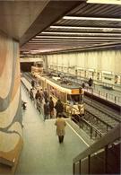 Belgique - Bruxelles - Le Métro - Ligne 2 - Station Luxembourg - Ministère Des Communications Nº 7 - 6143 - Transport Urbain Souterrain