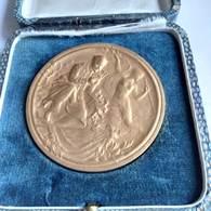 Médaille En Bronze. Concours Lépine.    (32 N5 ) - Professionals / Firms