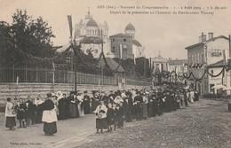 01 - Carte Postale Ancienne D'ARS  Départ De La Procéssion  En L'honneur De VIANNEY - Ars-sur-Formans